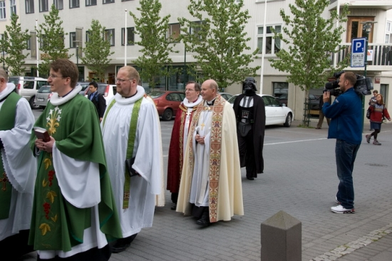 Darth Vader and the priests